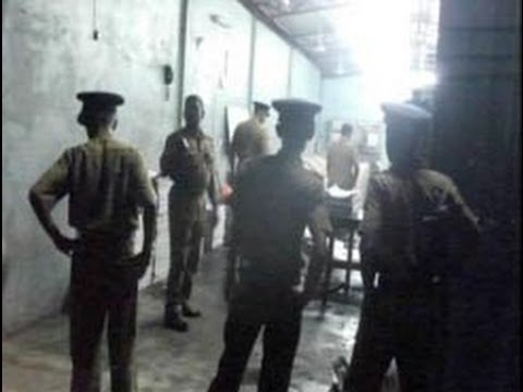 Gunmen set fire to Uthayan newspaper office in Jaffna