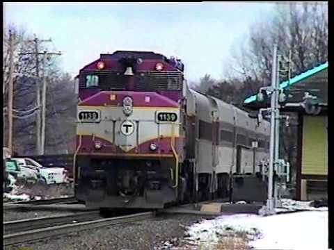 MBTA 419 clears for westbound freight in early 2006.