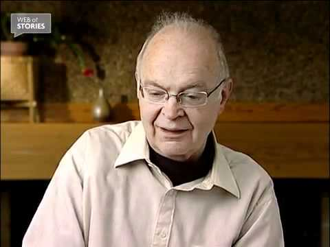 My advice to young people - Donald Knuth [video]