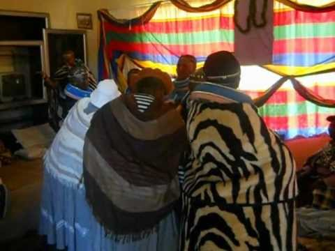 Amandebele Waterval B Iqude video