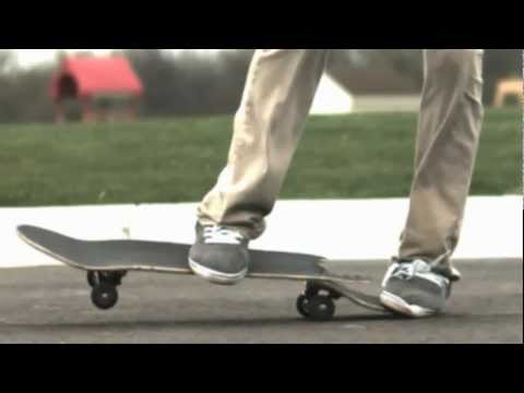 Slow motion board break (1000 fps)