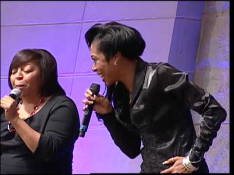 April Nevels Singing break Every Chain At The Potter's House bishop Td Jakes video