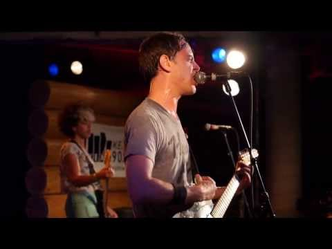The Thermals - Faces Stay With Me (Live @ KEXP, 2013)