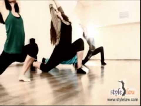 занятия по растяжке, стретчинг, шпагат, школа танцев