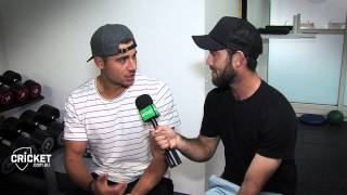 Maxi meets Marcus ahead of T20 debut