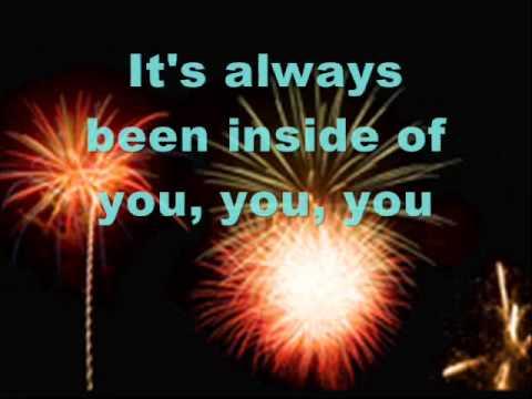 Katy Perry-firework Lyrics video