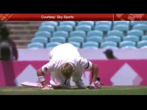 David Warner Kisses SCG turf - Tribute to Philip Hughes(63 Not out)