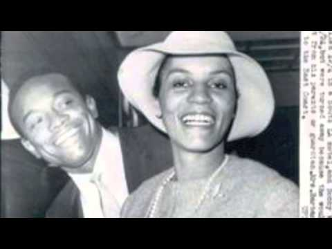 BOBBY WOMACK MARRIES SAM COOKES WIDOW AND GETS PISTOL WHIPPED