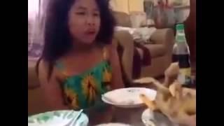 Khmer funny clip ( Kom jes tea hean ) on facebook