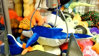 HUGE Claw Machine Wins - 3 in a ROW!!!​​​ | Matt3756​​​