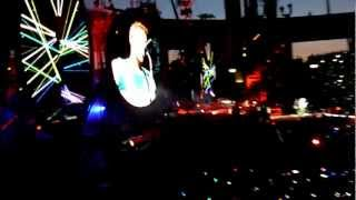 Coldplay live in Zürich May 26 2012 - Charlie Brown HD
