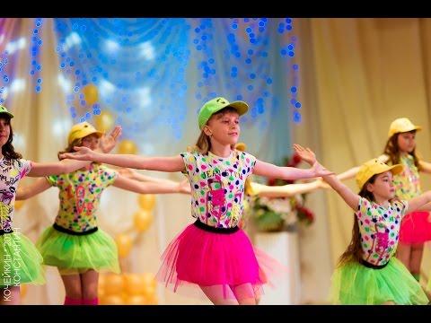 """Классный детский танец """"Скучаем по маме"""" от Студии моды Легенда"""