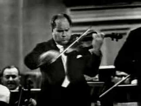 David Oistrakh plays Tchaikovsky Violin Concerto (3rd Mov.)