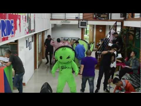 media harlem shake uji nyali version