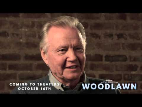 "Woodlawn: Jon Voight ""Bear Bryant"" Behind the Scenes Movie Interview"