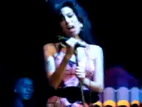 Amy Winehouse - VERY RARE PERFORMANCE - WE