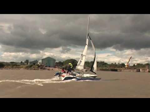 Trimaran Sailing - Magnum 21 sails around Wirral peninsula