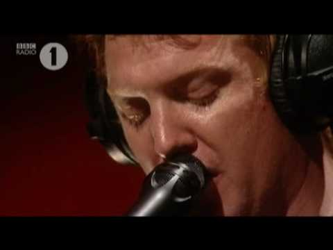 Them Crooked Vultures @ BBC Radio 1 - Dead End Friends