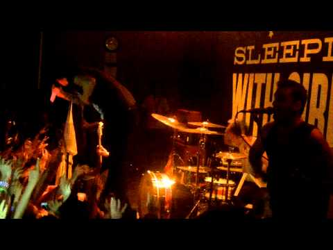 Sleeping With Sirens - Do It Now, Remember It Later (live In Orlando) (hd) video