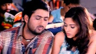 Gunde Jhallumandi Romantic Scene - Neelu Dreams With Bala Raju - Uday Kiran, Aditi Sharma (HD)