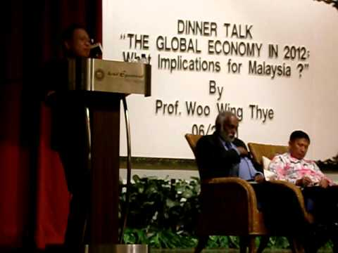 "MPKj DinnerTalk5:""The Global Economy in 2012: What implications for Malaysia?"" 220611"