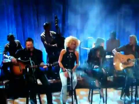 Unplugged Session With Little Big Town video