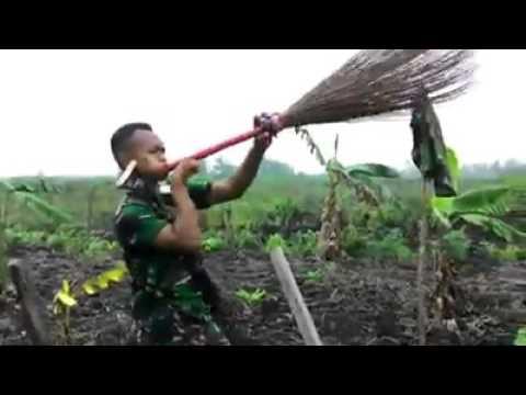 download lagu Lucu TNI AD Nyanyi Lagu Tipex Salam Rind gratis