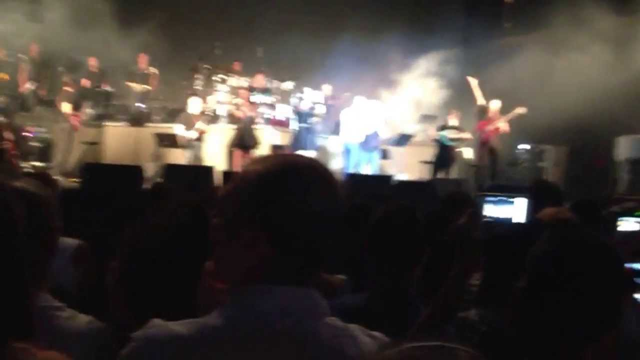 Eyal Golan Concert Eyal Golan Selihot en Concert