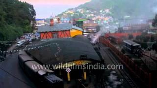 Train arrives at Ghoom railway station, Darjeeling