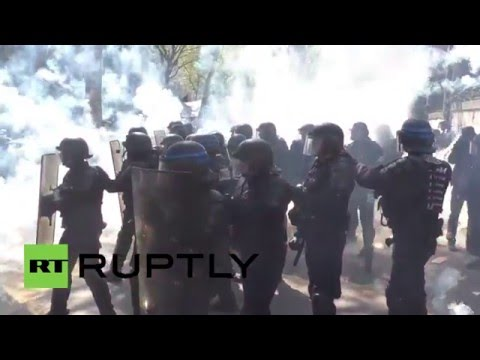 France: Explosive clashes erupt at Paris May Day labour reform protest