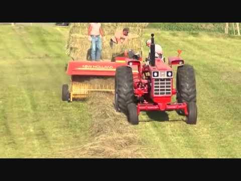 baling hay 2012.wmv