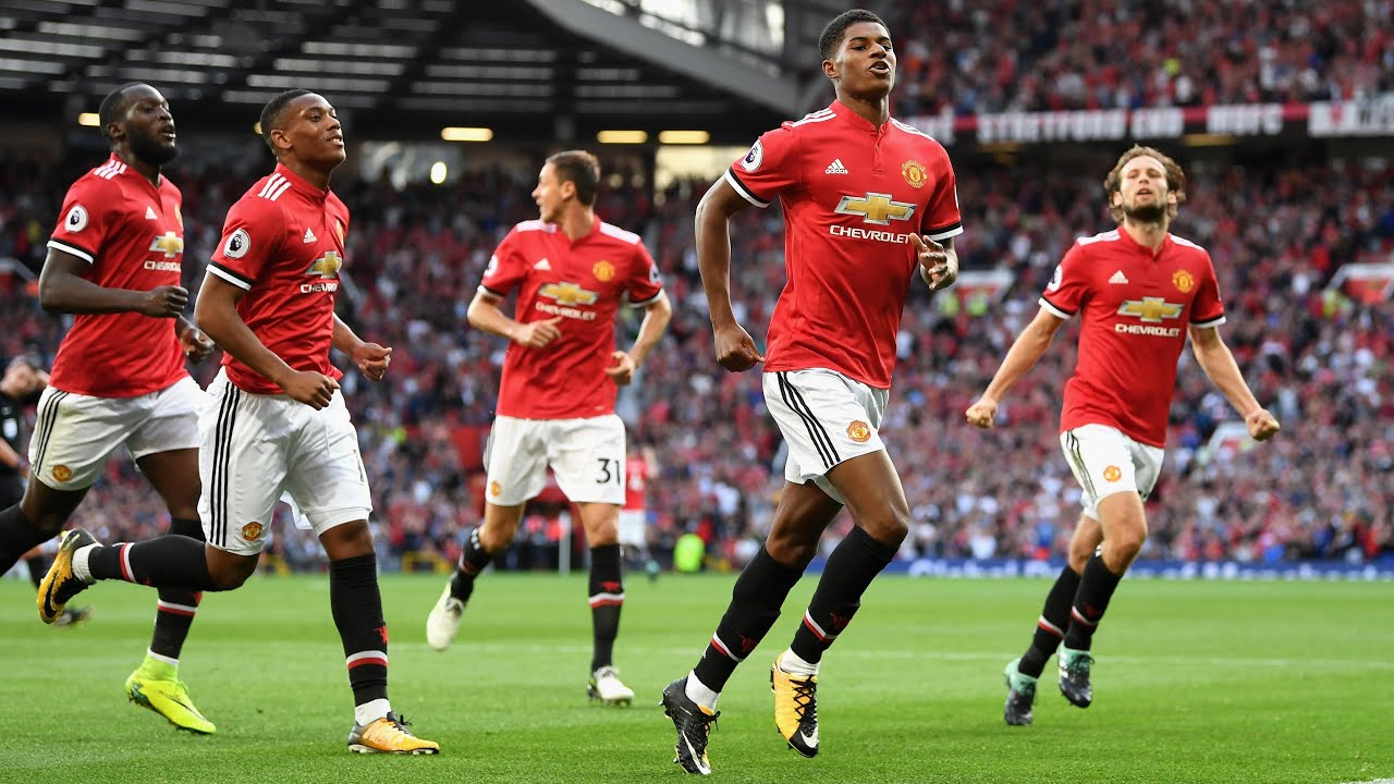 Mourinho not getting carried away after Manchester United maintain 100% record