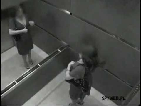 Rzeczy które dzieją sie w windzie - Spyweb.pl