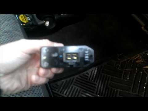 2001 Dodge Ram 1500 Blower Motor Resistor Replacement