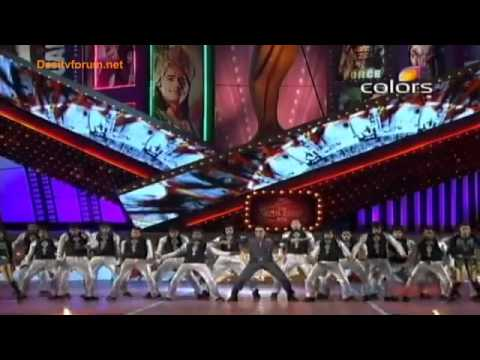 Akshay Kumar Stunning Performance - Balaji Awards (2012)