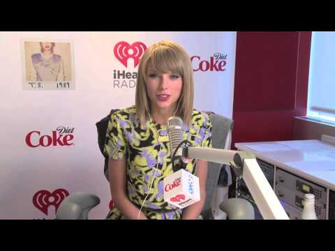 "Taylor Swift Breaks Down ""Style"" 