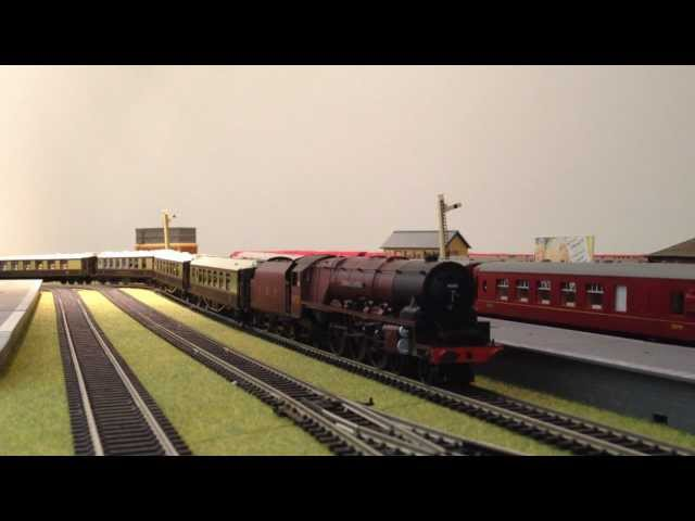 Hornby Digital Sound - Duchess of Montrose R2989xs Model Train Set - Jadlam Racing Models