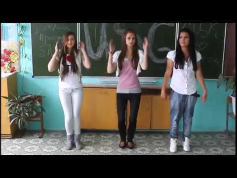 Шок! Пьяные школьницы поют про мастурбацию учителям Perfomans Masturbiruy
