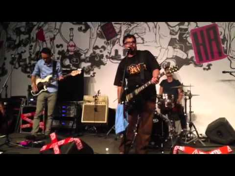 YouthWreck [Live at Clash Of The Bands 2013] Part 2