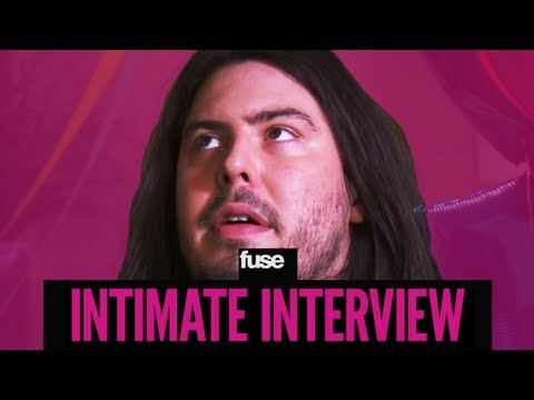 Andrew WK Doesn&#039;t Like Zippers - Intimate Interview