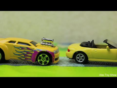 Машинки мультфильм - Мир машинок - 129 серия:  Гоночная машина, Пробка. Мультик для детей.