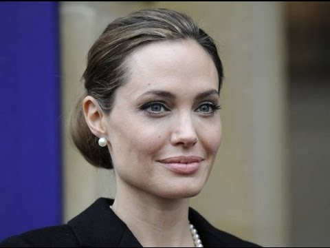 Angelina Jolie se quitó ambos senos por temor al cáncer/ Angelina Jolie both breasts removed