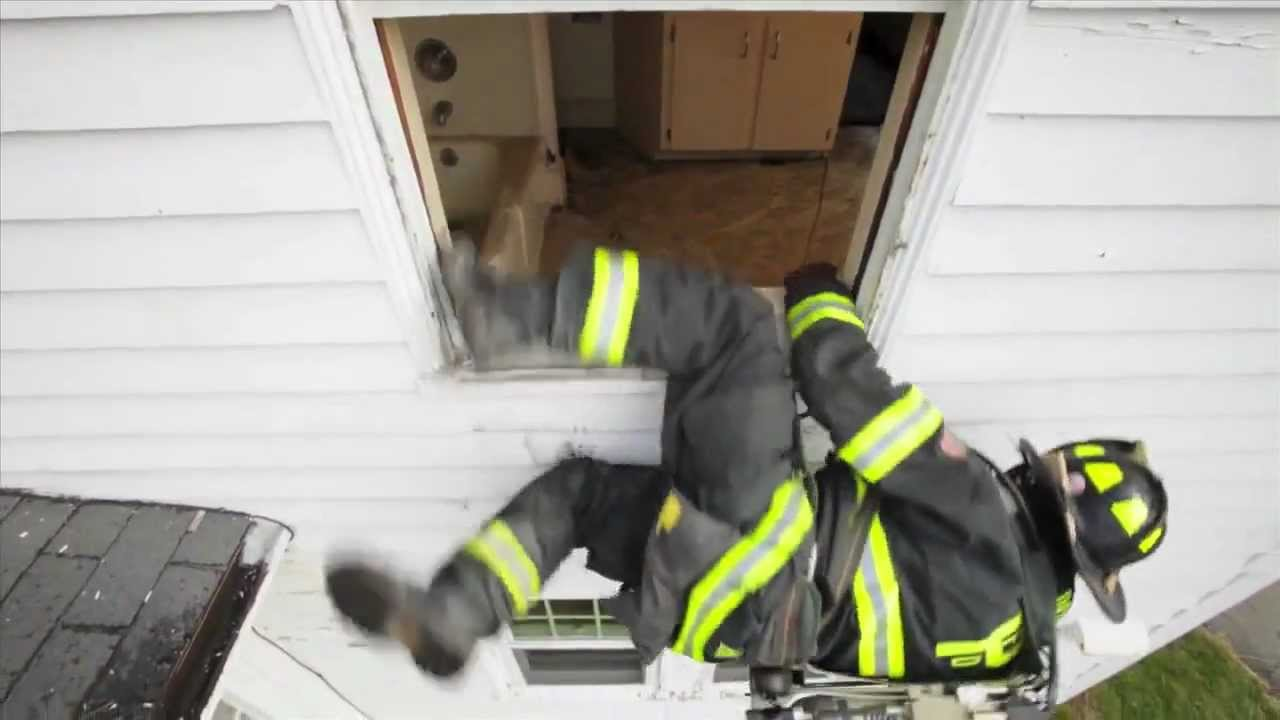 Sterling F4 Firefighter Escape System Bailout System Youtube