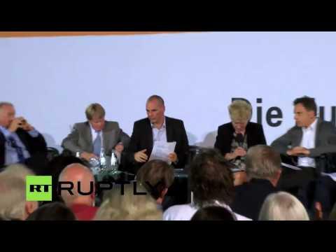 The great economist Yanis Varoufakis speaks in Berlin