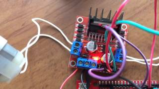 Controlling MD10C with Arduino - Tutorial by Cytron