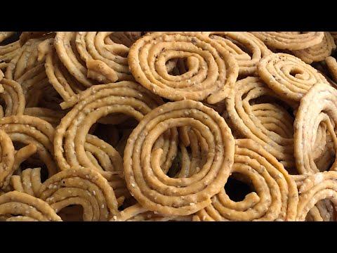 Telangana Special Snacks Sakinalu / poojitha reddy