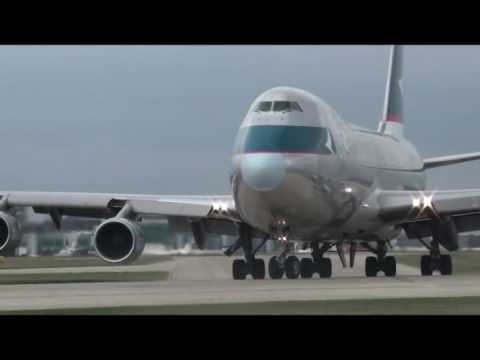 Cathay Pacific Cargo 747-400F Departure