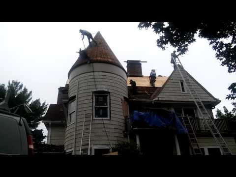 Crazy Roofers