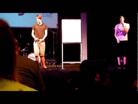 AmazingPhil and Danisnotonfire Perfomance at Playlist Live 2012!