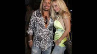 Watch Vince Neil Wholl Stop The Rain video